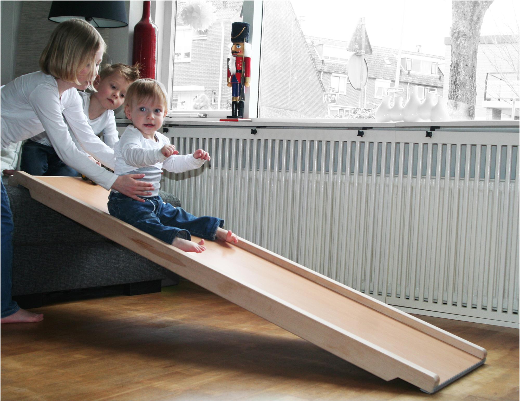 Speelplank voor in huis l glijbaan voor in huis l girlslabel for Poppenhuis kind 2 jaar