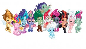 The ZELFS speelgoed, ZELFS poppetjes, zelfs zweefmolen, meisjesspeelgoed