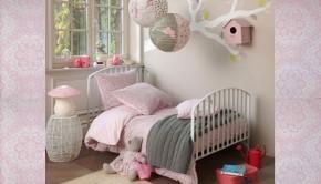 voorbeeld roze meisjeskamer, Roze meisjeskamer met koper