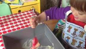 Jippe helpt met bakken, bakken met kinderen