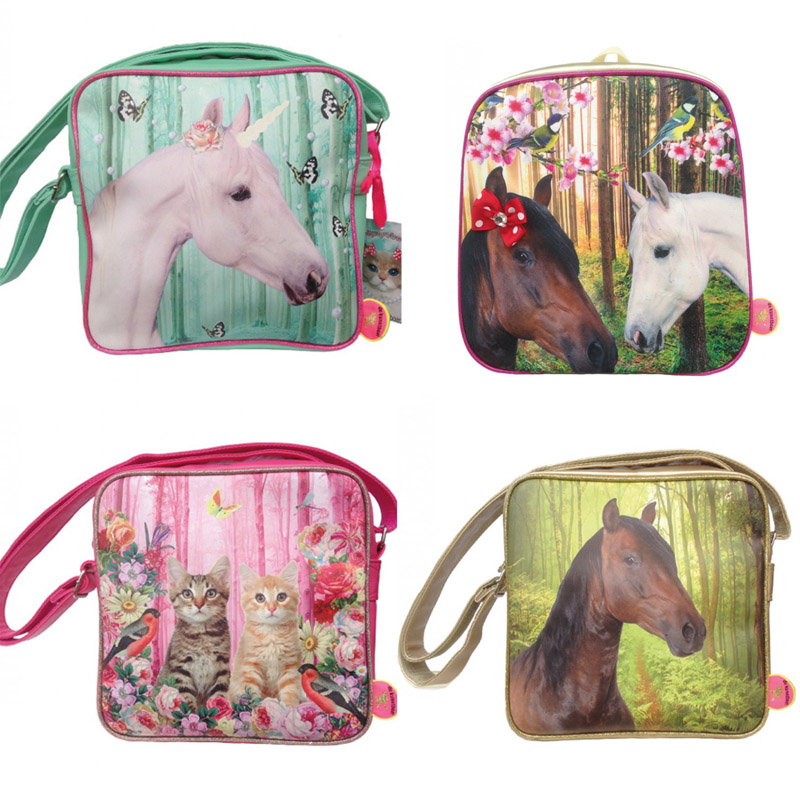meisjestassen van de kunstboer, hippe tassen, paardentassen