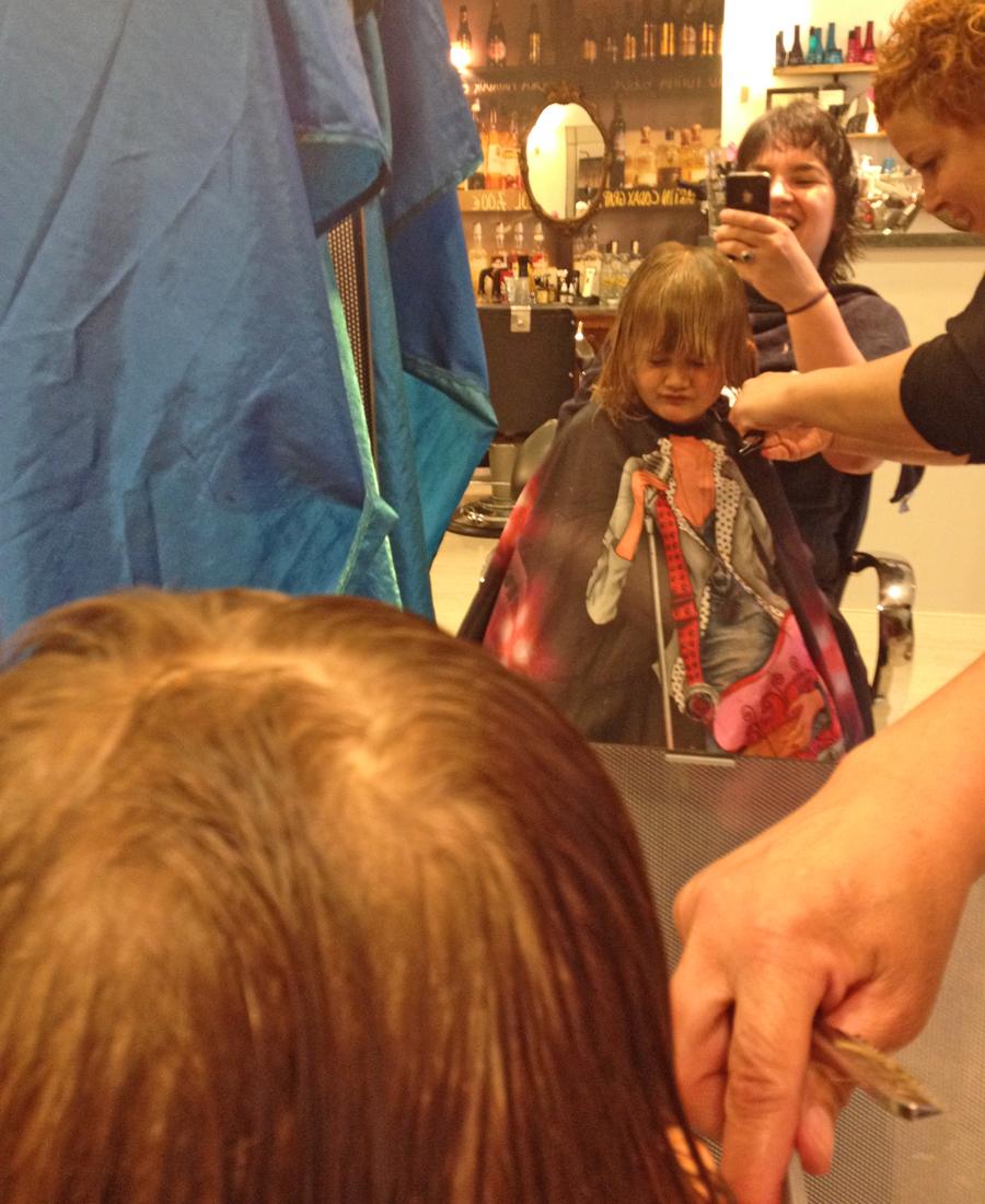 Kapper, de eerste keer naar de kapper, kinderkapper