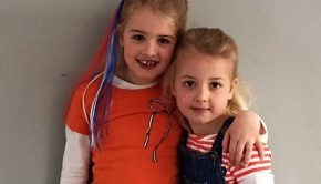 meisjes met oranje shirtjes