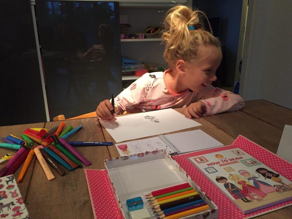 how to draw, leren tekenen, knutselen meisjes, meisjescadeau