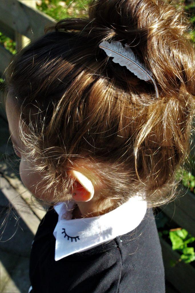 staartjes en strikjes, meisjesknipjes, meisjes haaraccessoires, meisjes haarspeld