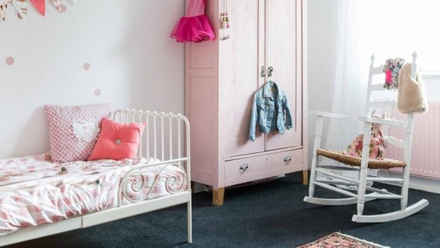 Babykamer transformeren naar meisjeskamer