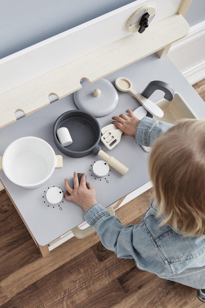 houten speelgoed, kinder keukentje