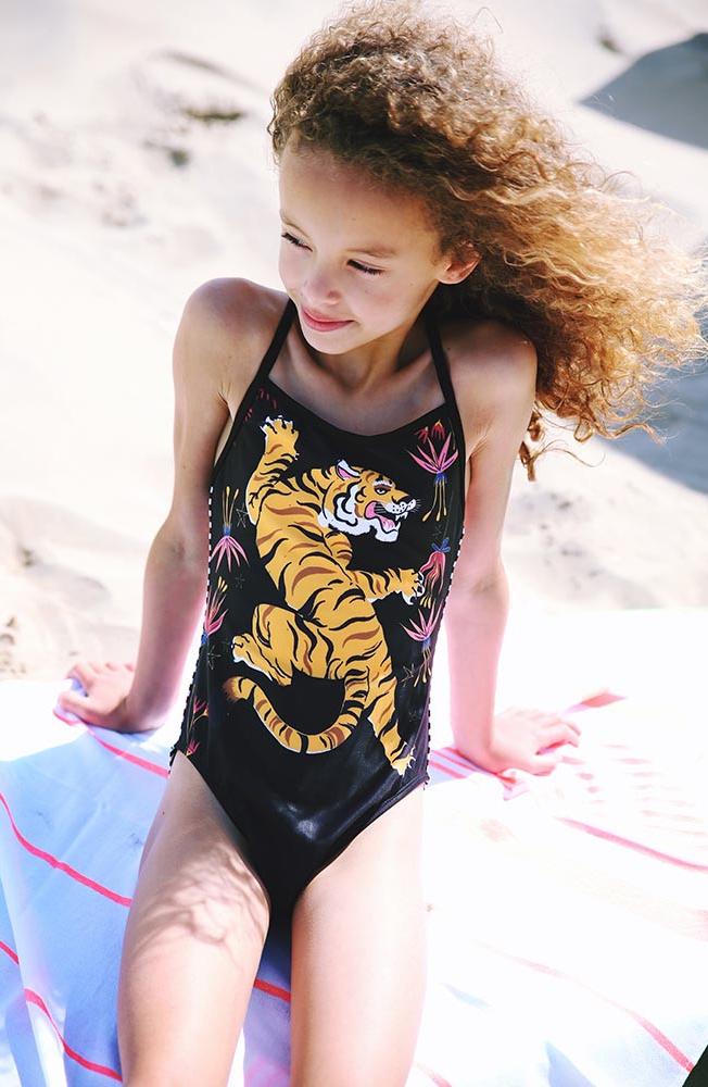 meisjesbadpak, badpak met tijger, hippe badpakken, hippe zwemkleding voor meisjes