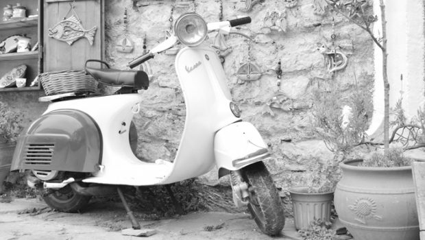 vespa scooters, 10 feitjes over vespa scooters, vespa scooter kopen