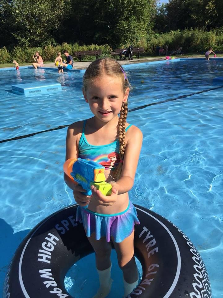 zomervakantie, zwembad, waterpret, mamablog, kinderen