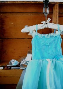 souza for kids, souza, souza prinsessenjurk, blauwe prinsessenjurk, prinsessenschoenen