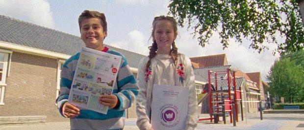 kinderpostzegelactie, collecteren, kinderpostzegerl, goede doel
