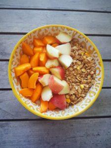 snel gezond ontbijt, ontbijt met pompoen, snelle gezonde ontbijtjes, gezonde leefstijl, muesli, cereal, cornflakes, ontbijt