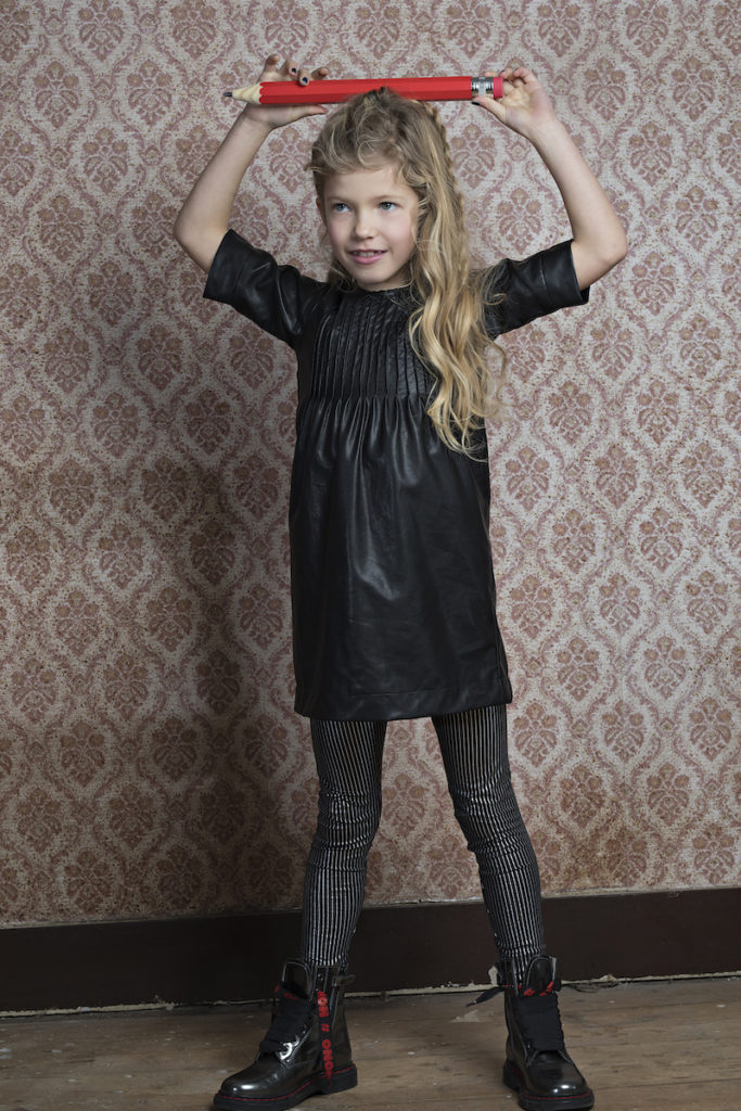 feestjurkjes meisjes, nono, kerstjurkje, meisjesjurkje, zwart jurkje