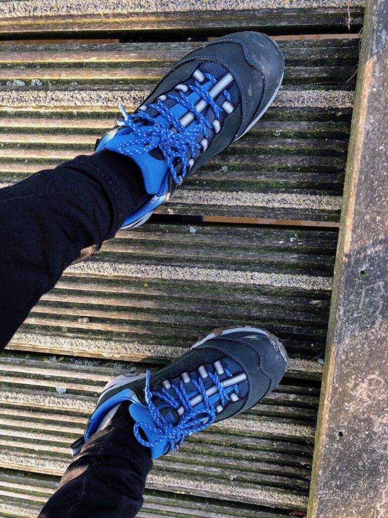 Wandelschoenen voor dames, wandelschoenen, bergschoenen voor dames, bergschoenen, wandelen, samen wandelen, wandelvakantie