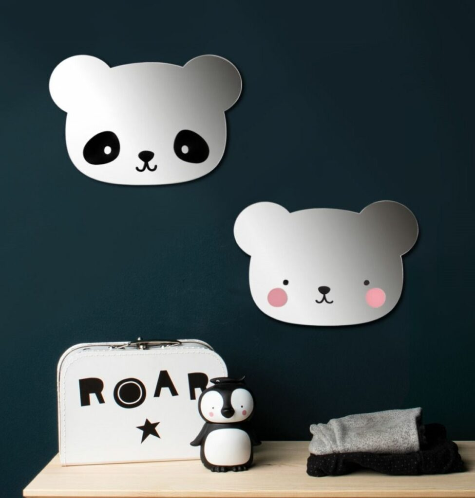 a little love company, panda spiegel, panda thema