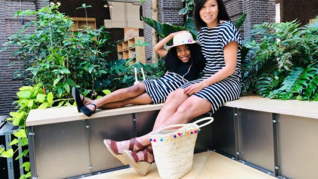 twinning tassen, rieten hoed, twinning jurkjes, moeder dochter mode