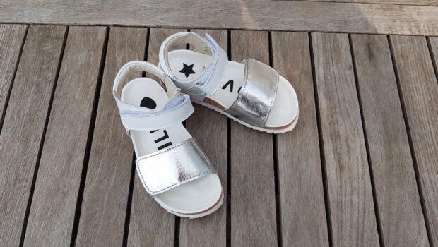 zilver kleur sandalen, shoesme sandalen voor meisjes, shoesme kinderschoenen, shoesme meisjes, zilveren sandalen