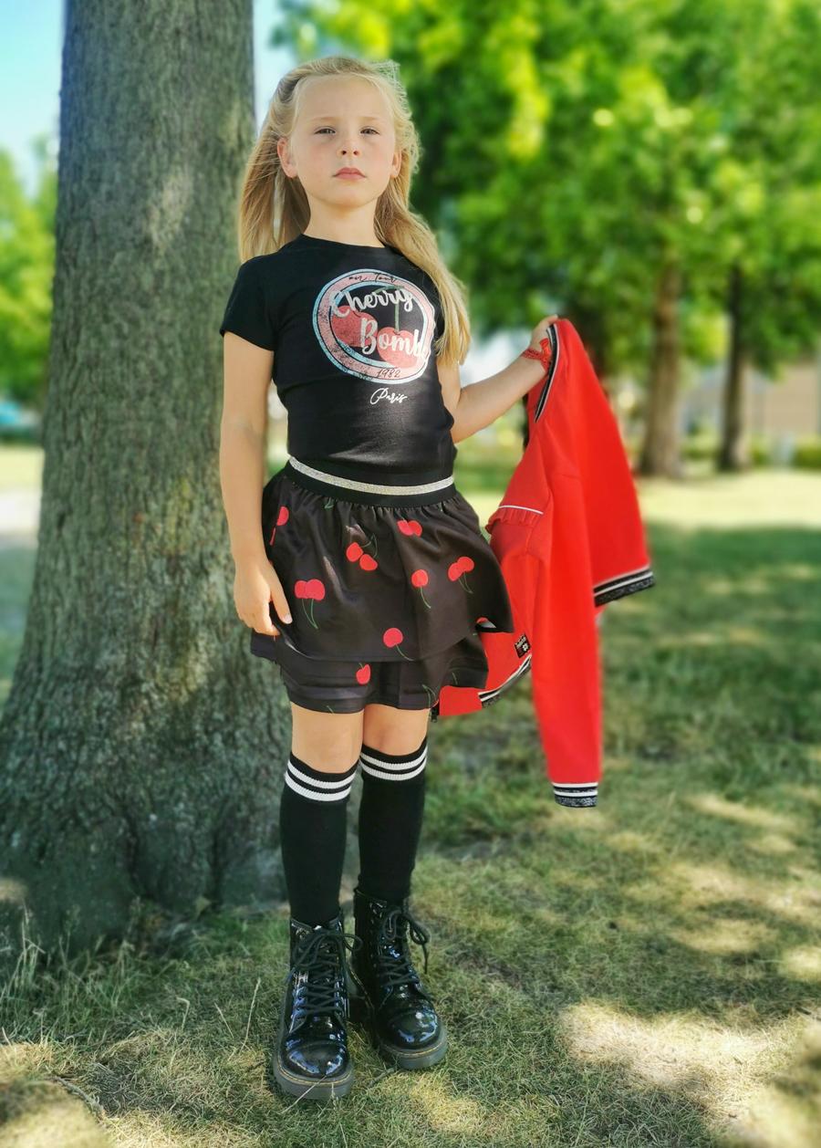 hippe meisjeskleding, trendy meisjeskleding, meisjes rokje, rood zwart meisjeskleding