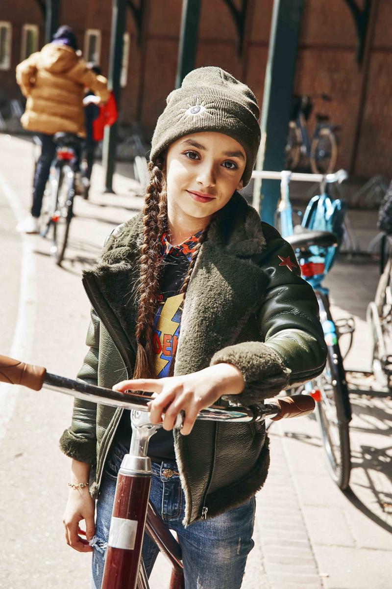Bont gevoerd bikerjack, leren bikerjack meisje