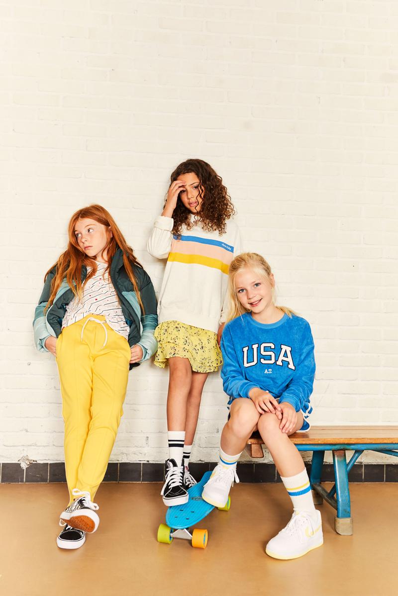 gele meisjeskleding, america today, tienermeiden