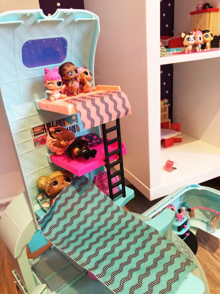 LOL poppetjes, lol camper, LOL speelgoed