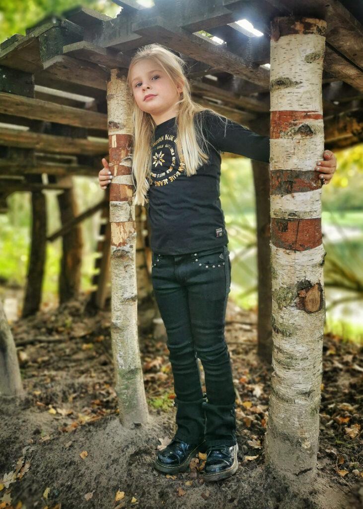 flared pants voor meisjes, indian blue jeans, kindermodeblog, kindermode review, girlslabel, hippe meisjes kleding
