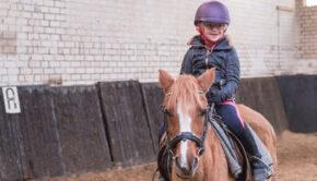 paardrijden, paardrijden kind, paardrijden dochter