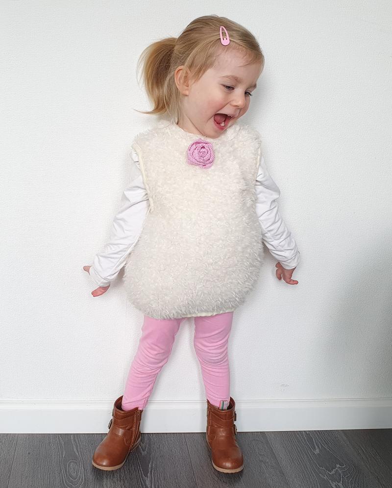 konijnenpakje, verkleedpak konijn, peuter verkleedkleding, kleuter verkleedkleding