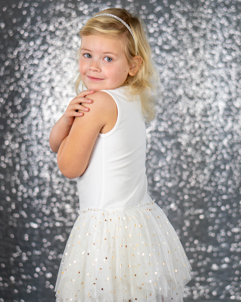 a'dee, a'dee kleding, Ariane Dee kleing, meisjeskleding, girlslabel, kindermodel, jurk met tule rokje, meisjes tule rokje