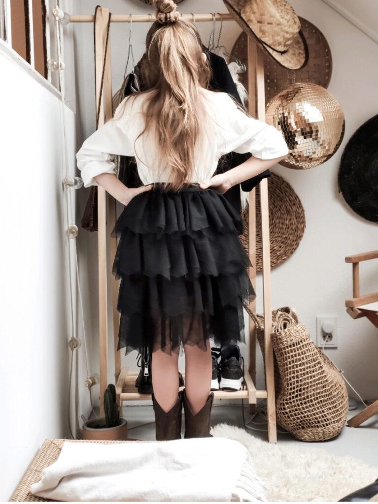 Boho style kind, boho girl, bohemian kleding, bohemian style, boho styling, girlslabel, styling meisjeskleding, tule rok, rocking ballerina, rock girl