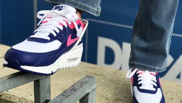 Stoere meiden sneakers: AIR MAX 90 FlyEase