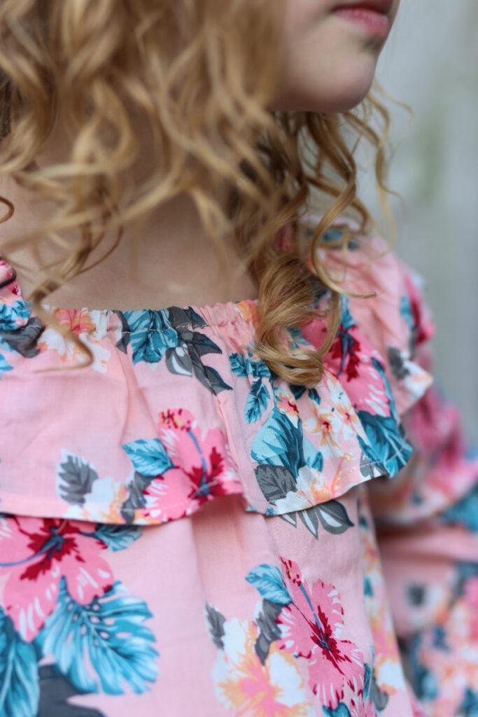 bloemen bloes meisje, bloemen blouse retour jeans, meisjes blouse