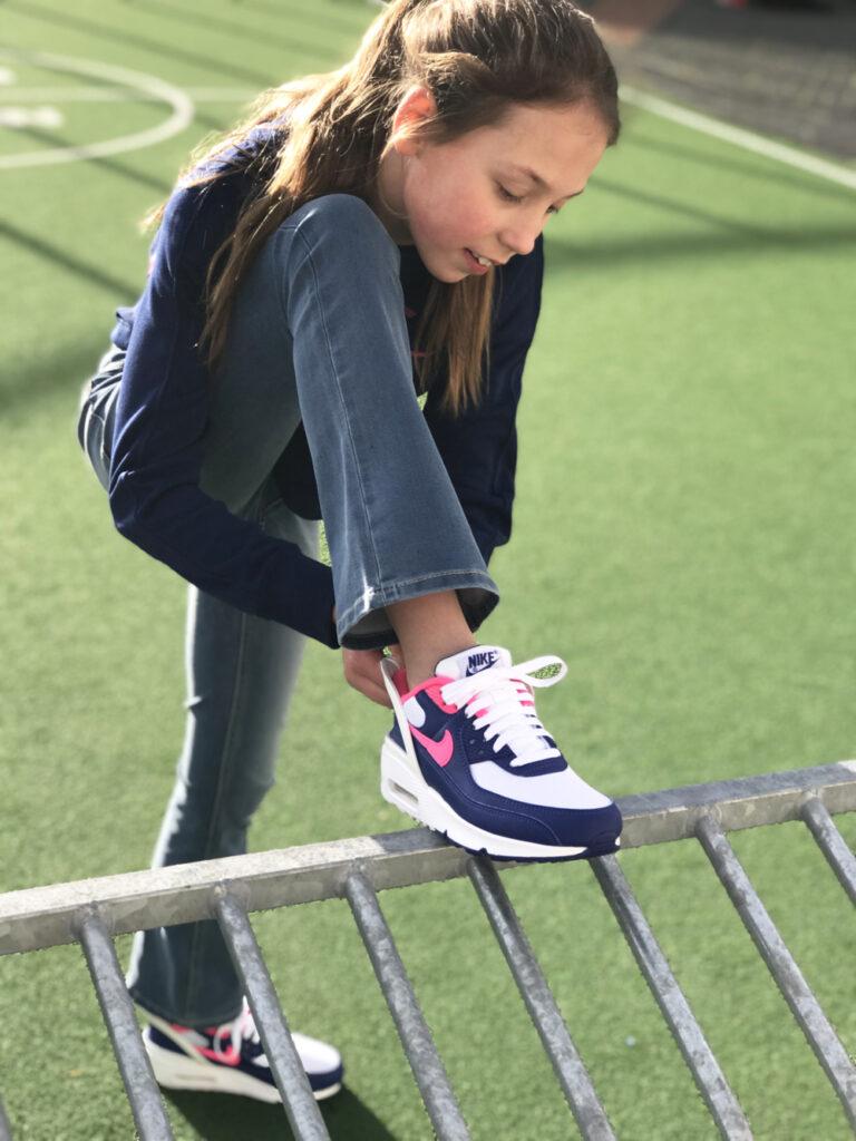 AIR MAX 90 FLYEASe, nike kindersneakers, stoere meiden sneakers