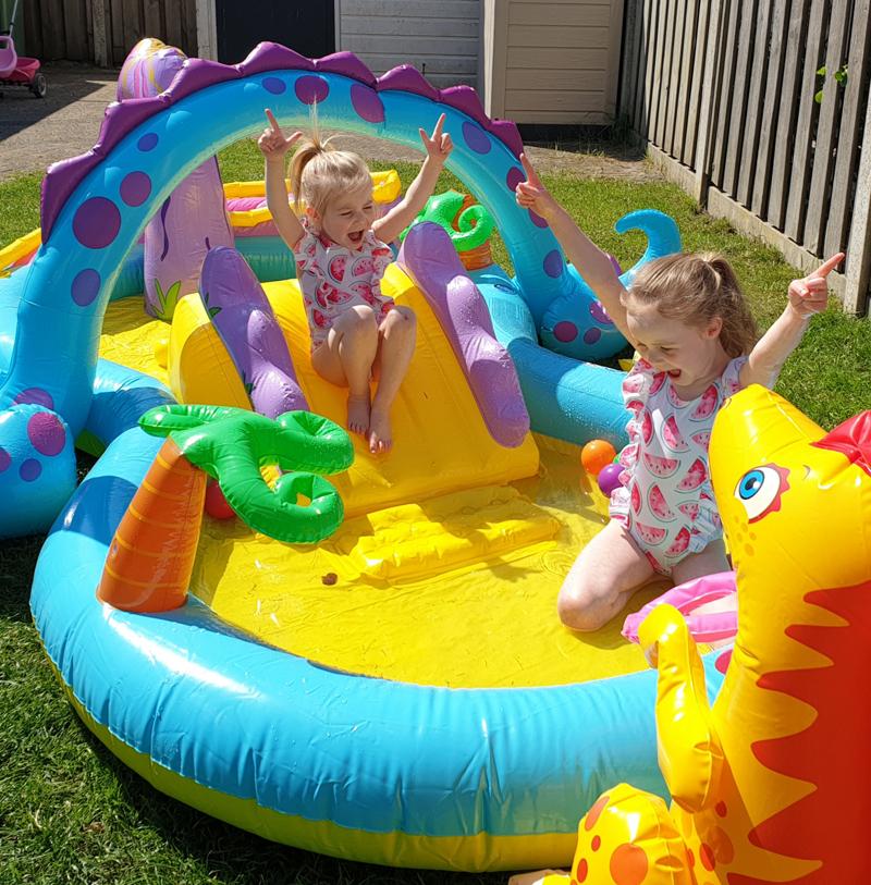 Intex zwembad kopen, zwembad online kopen, dinosaurus zwembad, opblaasbaar zwembad, dino zwembad, zwembad speelgoed, Intex Dinoland Play Center kinderzwembad, dino zwembad, dinosaurus zwembad