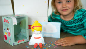 nachtlampje meisje, nachtlampje fee, nachtlampje elfje, kinderlamp, kindernachtlampje, a little lovely company, lampje feetje, girlslabel review, meisjeskamer
