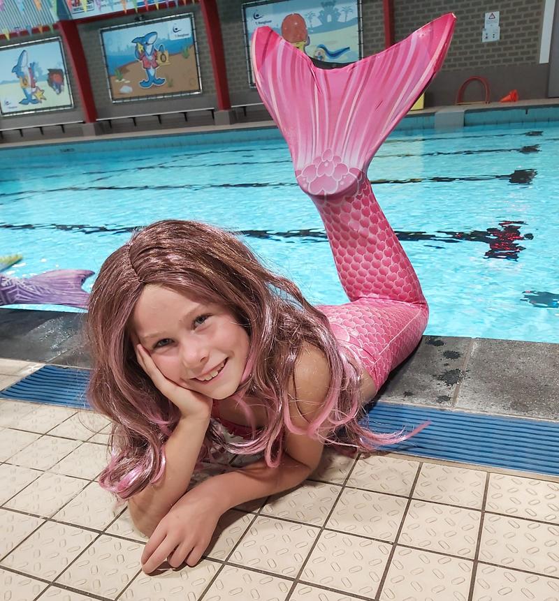 zeemeermin feestje, zeemeermin verkleedpak, zeemeermin zwemmen, meisjesfeest