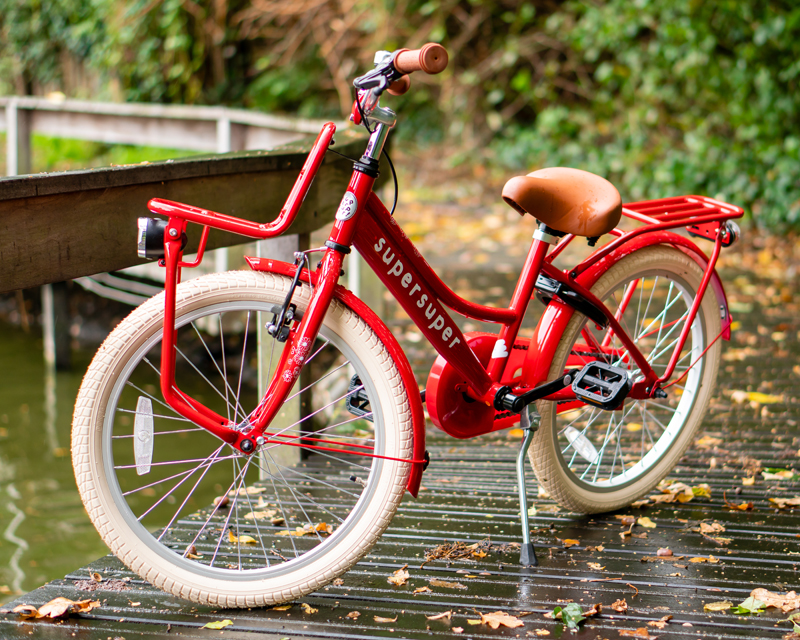 supersuper fiets, leren fietsen op een supersuper fiets, meisjesfiets, supersuper challenge