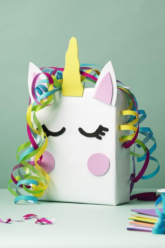 unicorn surprise, sinterklaas surprise meisje, surprise meisje