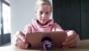 kind eigen telefoon, eerste mobieltje, Wat is een goede leeftijd voor een kind voor een eigen telefoon?, eerste telefoon