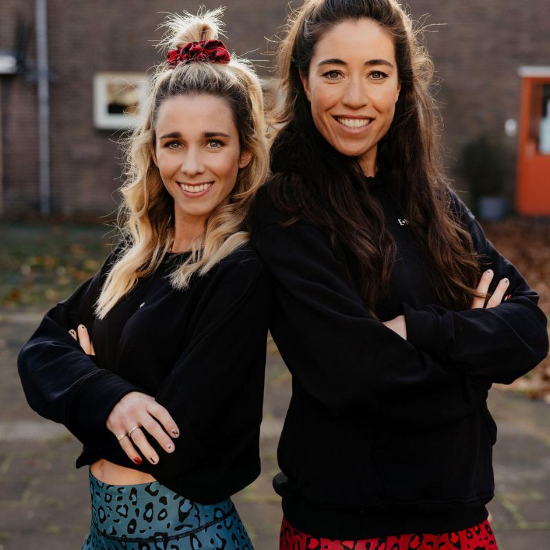 Ellen ten Hoog en Naomi van As kledinglijn