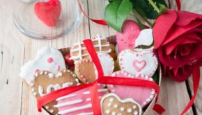 valentijnscadeau, valentijnsdag 2021, dag van de liefde, vier de liefde, cadeau voor valentijn