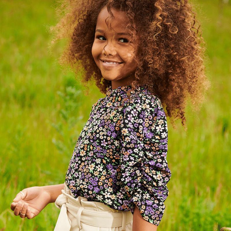 leuke meisjes blouse, meisjesbloesje, blouse meisjes bloemetjesprint, bloemenprint meisjes blouse