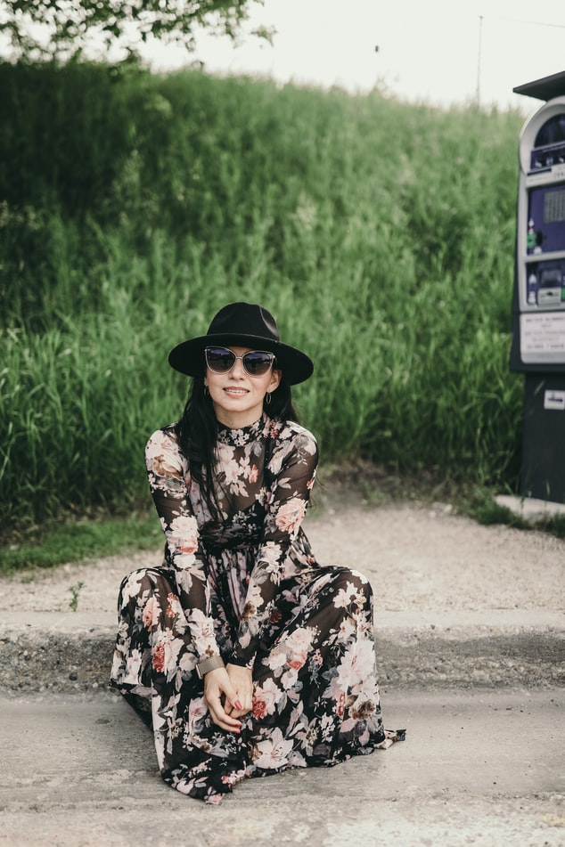 bloemenjurk, jurk met bloemenprint, jurkentrend, hippe zomerjurk, jurken zomer 2021, maxi dress bloemen print, lange jurk met bloemenprint