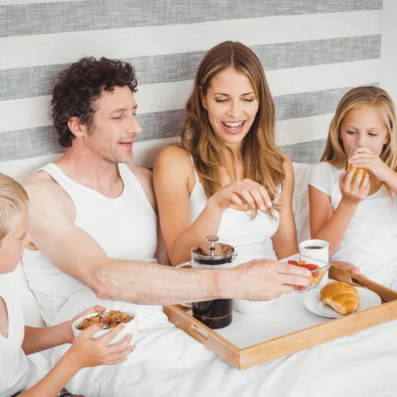 Ontbijt op bed, moederdag, moederdag inspiratie, moederdag cadeautjes